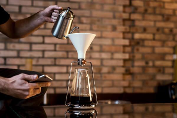 グッドデザイン賞ベスト100 スマートコーヒーメーカー「ジーナ」
