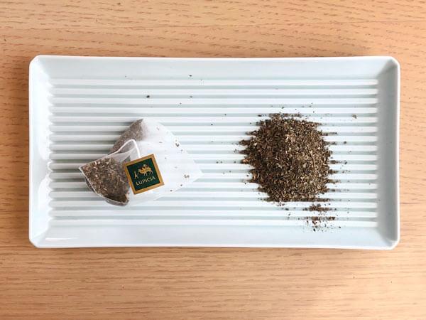 「甜茶」(LUPICIA)  中身はこちら