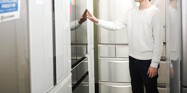練馬店は、冷蔵庫も最新機種が並ぶ充実っぷり