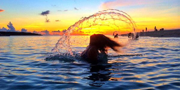 夕焼けの美しい海