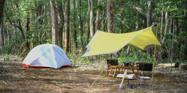 「キャンプ」を軸に様々な仕事をしている佐久間亮介(通称さくぽん)です