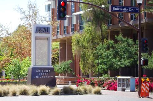 アメリカの大学で、本場のバスケを知る